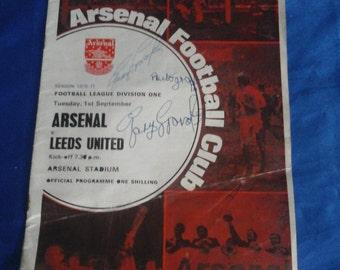 Football Programme Arsenal V Leeds United, Tue 1st September 1970 Autographed Gary Sprake (Leeds Goalkeeper)