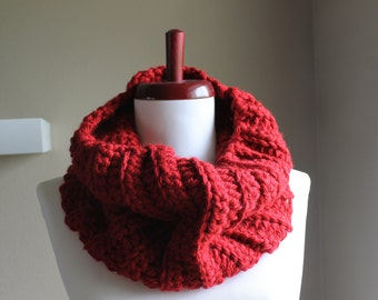 Vicki Chunky Crochet Cowl in Deep Red