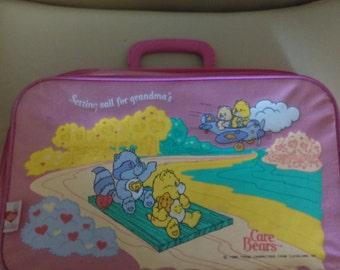 Vintage care bears suitcase