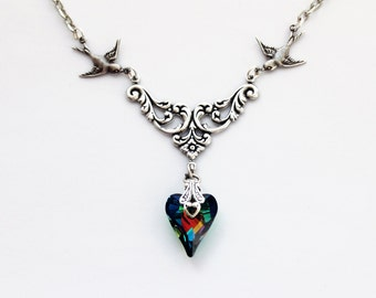 Green heart bird necklace silver