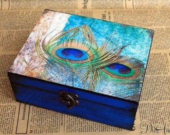 Personalized Peacock Box, Peacock jewelry box, Peacock Effect box, artificially aged, Peacock Box, Keepsake Box, Decorative Box, Peacock