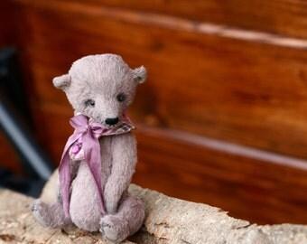 Teddy bear ooak in lavanda collar