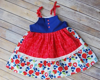 Strawberry dress, girls apron dress, back to school dress, farmers market dress, handmade girls dress, market dress, girls summer dress