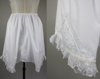 Edwardian Cotton Bloomers / Victorian Bloomers / Closed Crotch / Adjustable Waist / Lace Hem / One Size