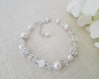 Crystal teardrop bridal bracelet, Swarovski crystal and pearl wedding bracelet