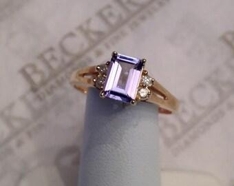 Vintage 14k yellow gold Emerald Cut Light Purple Tanzanite & 4 Diamond Ring 1.29 tw IJ-I1-2 size 9.25
