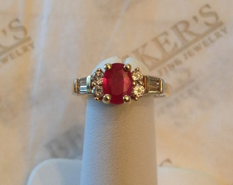 14k yellow gold Oval Ruby, Round & Baguette Diamond Ring, 1.55 tw I-VS2-SI1,2-I1 size 7.5