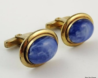 Vintage Cufflinks WOOLNO Blue Swirl Cabochon Gold Tone Cuff Links