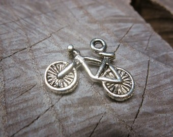 Bicycle Charm Pendant Charms ~1 pieces #100279