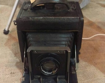 1940's camera table lamp