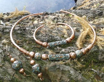 Set of jewellery: Celtic style handmade copper necklace, bracelet and earrings