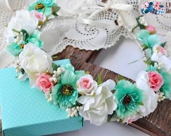 Bridal floral crown Wedding flower crown Floral crown Flower hair wreath Flower crown Boho floral crown Flower halo wedding crown LV12