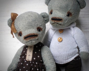 Teddy bears Valentin and Valentina