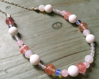 Pink bubbles necklace