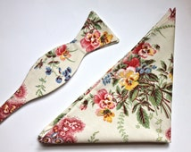 Matching Bow Tie & Pocket Square Gift Set - Vintage Floral Cream Bow Tie and Pocket Square