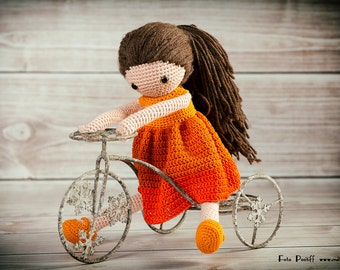 crochet doll pattern Wendela