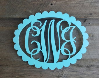Painted Wooden Monogram - Wooden Initials - Scallop Oval Border - Wooden Monogram Wall Hanging