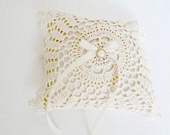 Ring Bearer Pillow, Wedding Pillow, Wedding Ring Pillow, Doily Pillow, Boho Wedding,  Vintage Wedding, Lace Pillow, Victorian Pillow,