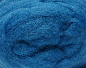 Lagoon Corriedale Wool Roving One Ounce for Felting and Spinning