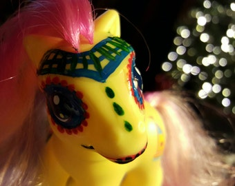 Small yellow Day of the Dead My Little Pony