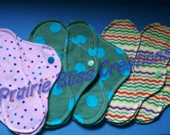 "Set of 5 Custom made to order 8"" Mama cloth/lady cloth/light days/panty liners/cloth pads"