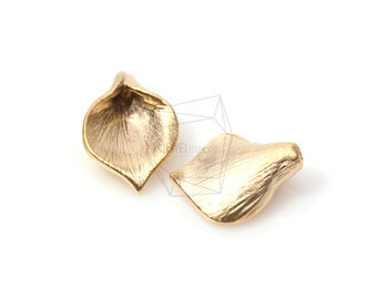PDT-459-MG/4Pcs-Wide Calla Bead Cap (Small-Size)/ 12mm x 16mm /Matte Gold Plated over brass