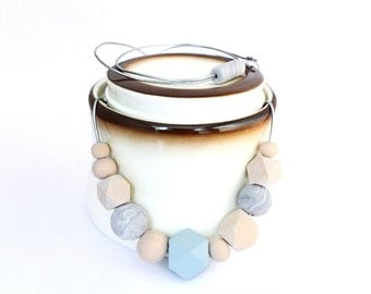 Chunky bead necklace, statement necklace, minimal jewelry, wood beads necklace, minimal geometric necklace, simple necklace, gift for her