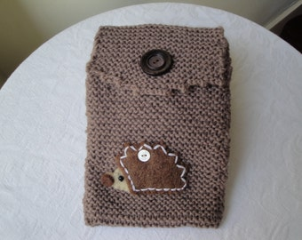 hedgehog reader cosy, wool kindle case, knitted reader cover, brown kindle case, hedgehog kindle case, knit reader sleeve, brown reader cosy