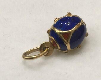 Gold and Enamel Ladybird Charm/Pendant.