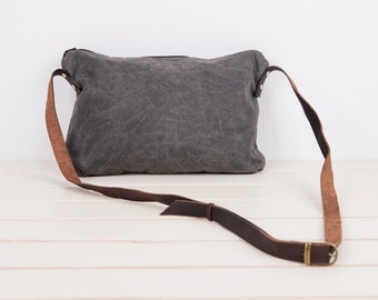 waxed canvas crossbody bag,waxed canvas small day bag ,waxed canvas Messenger Bags,Canvas and Leather bag,purse,Real leather,Clutch Purse,
