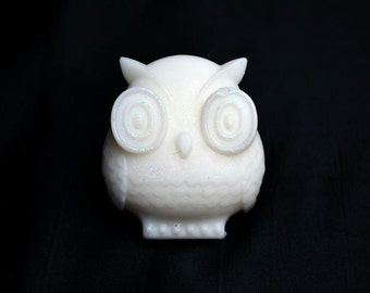 Owl Soap, Soap in our Everyday Satin Soap Base, Handmade Soap, Perfect for Sensitive Skins, Coconut Cream scent