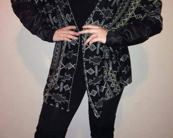 Women's fashion aztec print cardigan comes in size 8-10