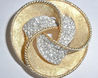 Big pretty vintage goldtone abstract trefoil brooch with clear rhinestones