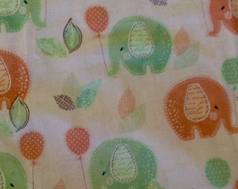 Fitted Bassinet Sheet - Elephants & Balloons
