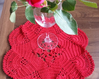 Red doily / table mat