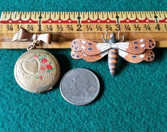 Two late 1940s pins dragonfly and locket
