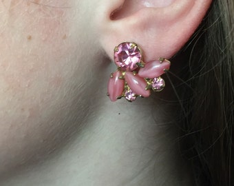 Vintage Pink clear and frosted Crystal Screw Back Earrings set in gold tone