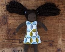 Waldorf doll- African American Waldorf Doll - 22 cm / 9 in