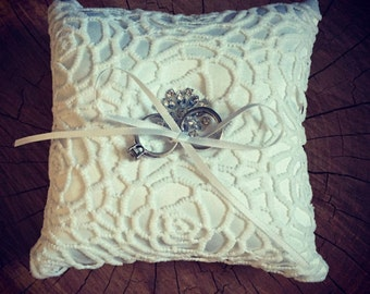 Crochet, lace ring bearer pillow/Vintage wedding accessories