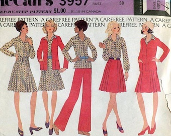 FREE US SHIP McCall's 3957 Retro 1970's 70s Sewing Pattern Pleated Kilt Skirt Jacket Top Pants Size 16 Bust 38 Uncut Wardrobe Seprates