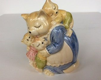 UNUSED!! Vintage porcelain majolica coin bank. Japanese coin bank. piggy bank. Nursery rhyme coin bank. Piggy bank . Japanese piggy bank.