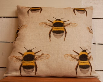 Bumble Bee Cushion, bee, burlap, hessian, hessian cushion , burlap cushion cover, nature, natural, neutral, rustic, shabby chic, honey