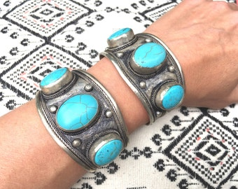 Ancient Tibetan silver and turquoise cuff