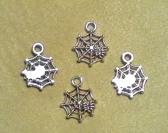 Silver spider charms;  solid brass with silver overlay, spider in the web, charm/pendant, 17x14x1.5mm, 5-6pcs/1.90-2.20