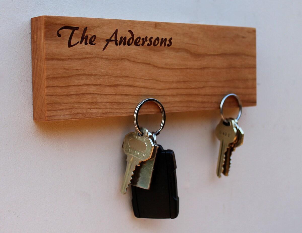 pesonalized magnetic key holder wall mounted key holder. Black Bedroom Furniture Sets. Home Design Ideas