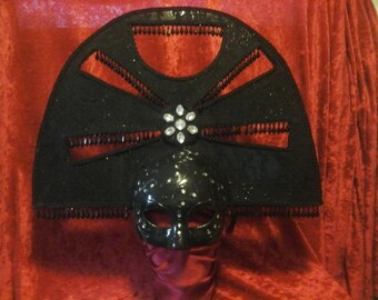black mask / headpiece