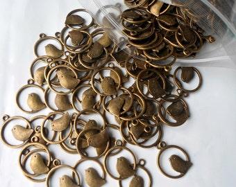 10 X Cute Perch Bird Birdie Animal Charms/Beads/Pendants Antique Bronze 25mm - CH25