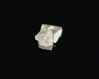 "Natural Platinum Crystal from Russia , 0.15"" x 0.13"" x 0.07"", 1.15ct."
