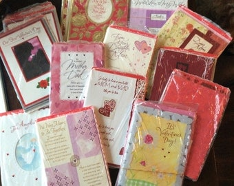 Lot 16 packages sealed holiday greeting  cards Valentine's Day 76 cards large 4.99 up each