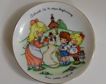 Avon School plate, porcelain, 1986, Joan Walsh Anglund, with BOX, teacher, gift